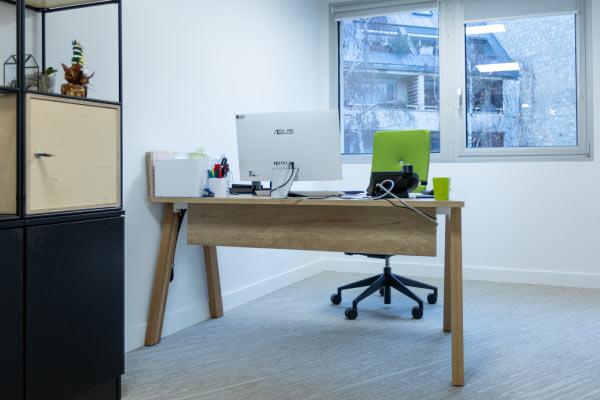 poste-de-travail-bureau-sur-mesure-mobilium-idf